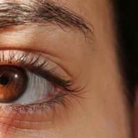Entenda o que pode levar os olhos a lacrimejarem excessivamente