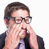 Poluição e mudanças climáticas exigem cuidados com os olhos